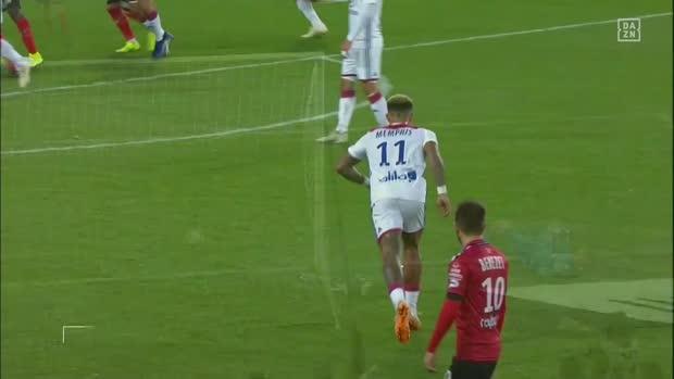 Depay mit dem perfekten Freistoß   Ligue 1 Viral