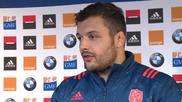 XV de France - Chouly - 'Ne pas se focaliser seulement sur Barrett'