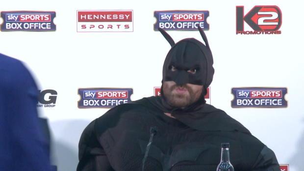 Boxen: Furys irre Batman-Show bei PK