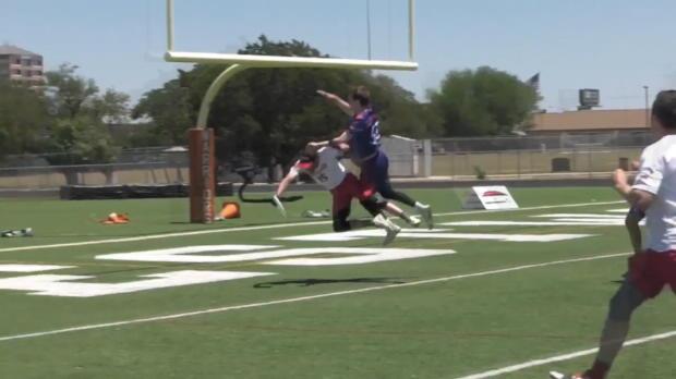 El touchdown más espectacular de la historia... Con un frisby