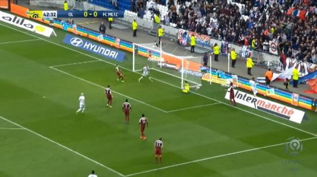 كرة قدم: الدوري الفرنسي: ليون 5-0 متز