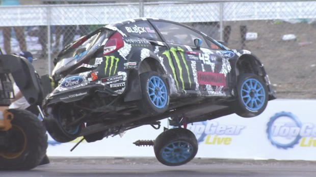 barbade ken block retourne sa voiture sports mcaniques. Black Bedroom Furniture Sets. Home Design Ideas