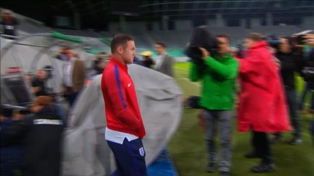 WM-Quali: Rooney und Southgate zur Bank-Rolle