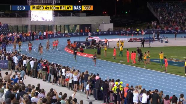 Nitro, Bolt trascina la 4x100 mista
