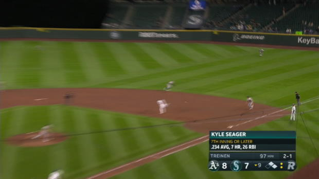 Seager's game-tying hit in 9th