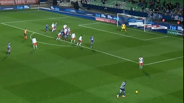 Freistoß-Flugkurve mit Fortune | Ligue 2 Viral