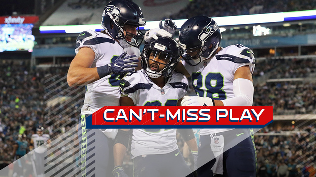Can't-Miss Play: Seattle Seahawks wide receiver Doug Baldwin lays out for deep sideline catch