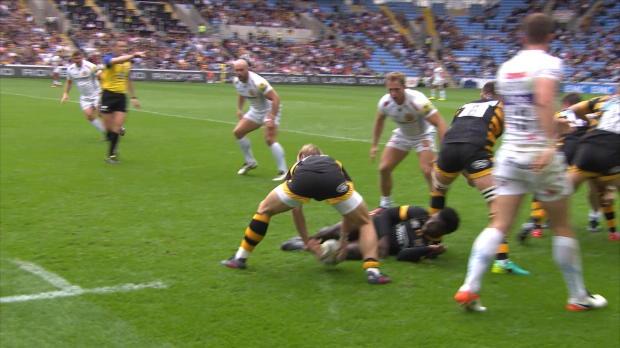 Aviva Premiership - Alec Hepburn makes a huge tackle on Wasps' Tommy Taylor