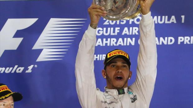 F1: Lewis Hamilton feiert auch in Bahrain