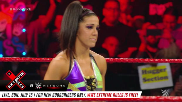 Alexa Bliss vs. Bayley - Raw Women's Title Kendo Stick on a Pole Match: WWE Extreme Rules 2017 (Full Match - WWE Network Exclusive)