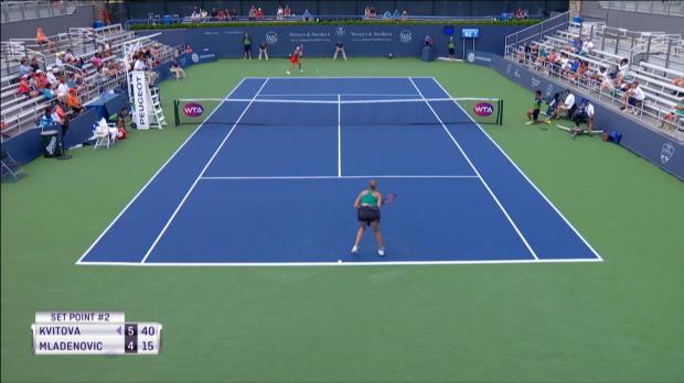 Kvitova-Gala gegen Mladenovic