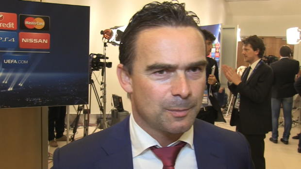 LDC - Groupe F, Ajax, Overmars : 'Le Bar�a et Paris favoris, mais...'