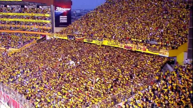 Ismael Blanco a marqué le but de la victoire pour Barcelona contre Emelec dans le derby le plus chaud d'Equateur et dans une ambiance surchauffée.