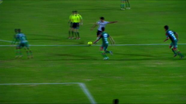 Martin Barragan (Atlas) marque un superbe but de consolation lors de la défaite de son équipe (3-1) contre le Chiapas