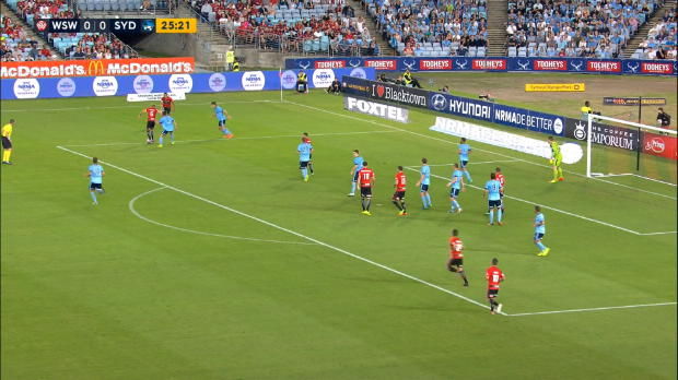 A-League: Dreh-Tor entscheidet Sydney-Derby