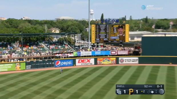 Cervelli's two-run homer