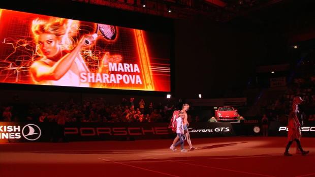 WTA Stuttgart: Mladenovic 3-6, 7-5, 6-4 Sharapova