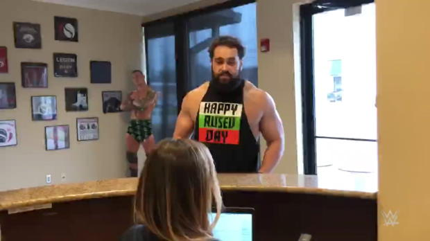 "Rusev visits the printers of his ""Happy Rusev Day"" shirts"