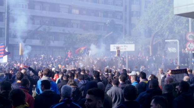 Heiße Fans! Barcelona brennt auf El Clasico