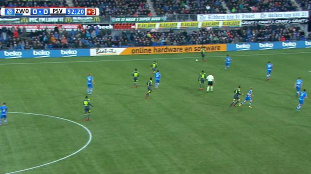 PSV setzt sich mit Lucky-Punch an der Spitze ab