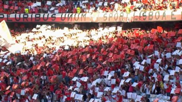 Le derby de Lisbonne s'est conclu par un match nul (1-1). Islam Slimani a répondu à l'ouverture du score du milieu de terrain de Benfica Nicolas Gaitan.
