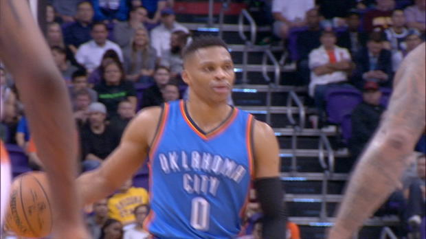 Russell Westbrook Throws It Down With Authority!