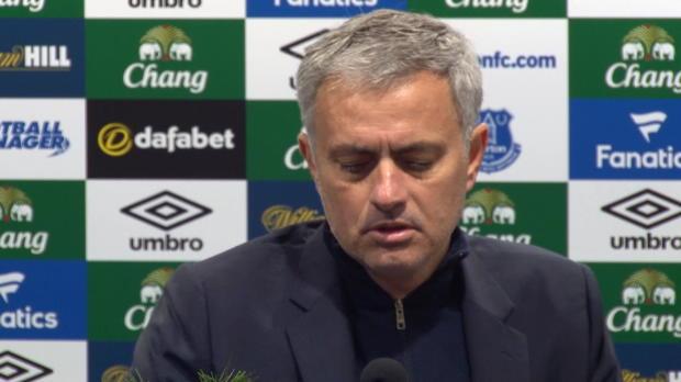 """Mourinho: """"Müssen eine Entscheidung treffen"""""""