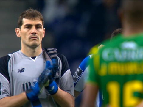 كرة قدم: الدوري البرتغالي: بورتو 4-0 تونديلا