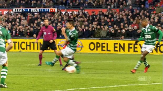 Spitzenreiter Feyenoord mit Sixpack im Derby
