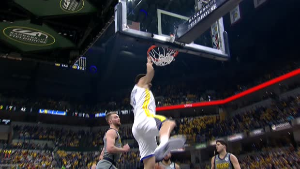 Dunk of the Night : Klay Thompson