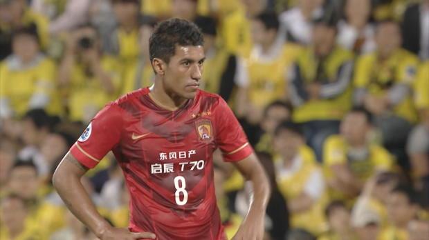 AFC CL: Paulinho hämmert, Scolari rastet aus