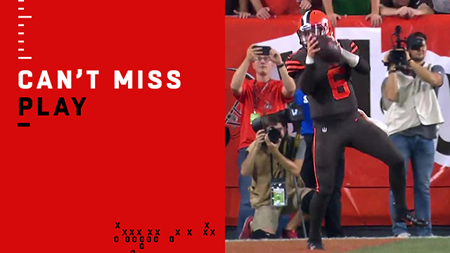 Can't-Miss Play: Cleveland Special? Jarvis throws to Baker to tie game