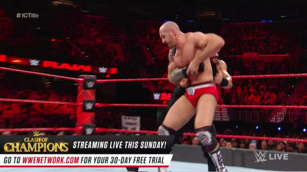 Roman Reigns vs. Cesaro - Intercontinental Championship Match: Raw, Dec. 11, 2017