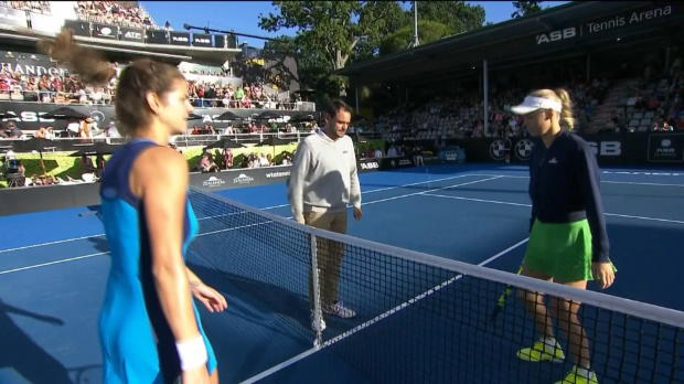 Auckland: Halbfinale! Görges schlägt Wozniacki
