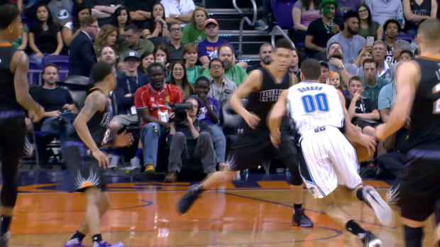 Dunk of the Night: Aaron Gordon
