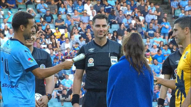A-League: Knallbonbon-Ziehen statt Münzwurf