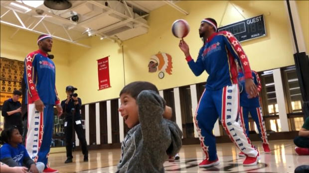 Basket : La surprise émouvante des Harlem Globetrotters