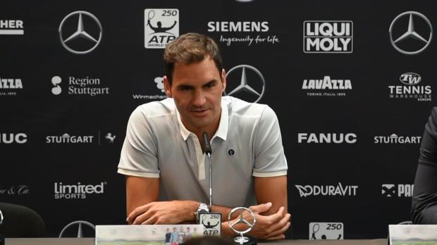 Stuttgart: Federer scherzt: Deshalb bin ich fit