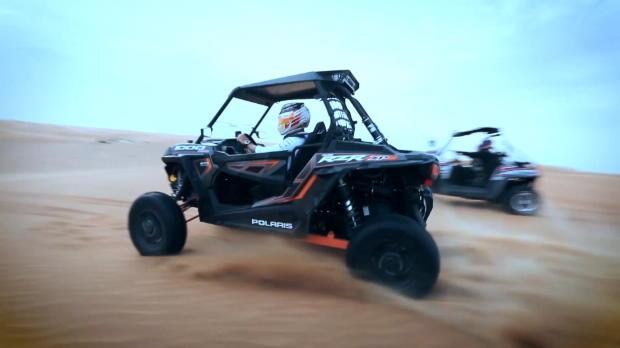F1: Hamilton lässt es in der Wüste krachen