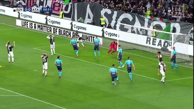 Ronaldo verballert Mega-Chance | Serie A Highlight