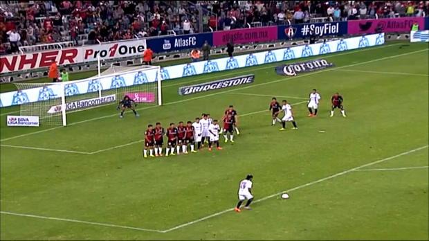 Foot : Mexique - Le but de Ronaldinho