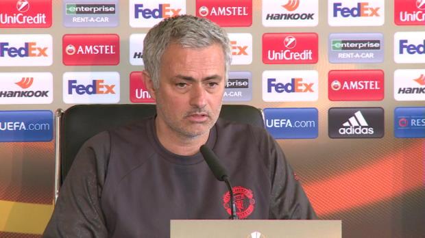 """Mourinho: """"Rooney kann uns hoffentlich helfen"""""""