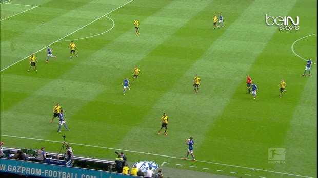 Bundes : Schalke 04 2-1 Dortmund