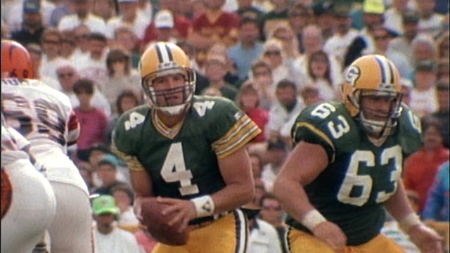 1992 Brett Favre leads Packers to victory over Bengals