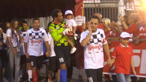 F1: Felipe Massa gibt auch am Ball Vollgas
