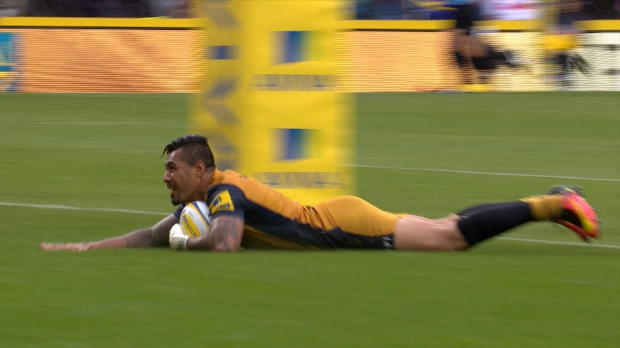 Aviva Premiership - Bristol's Tusi Pisi races through to score from 50 metres on his Aviva Premiership Debut against Harlequins at Twickenham.
