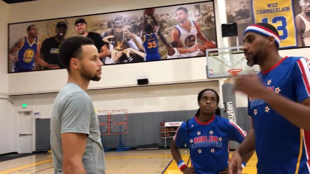Basket : Warriors - Steph Curry s'éclate avec les Harlem Globetrotters