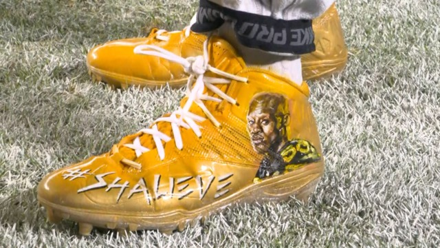 Pittsburgh Steelers show support for Ryan Shazier during warm ups with '50' jerseys, custom cleats