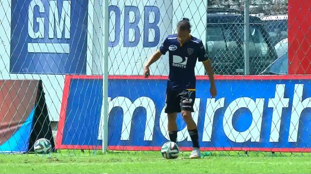 Independiente del Valle s'est facilement imposé contre Manta (4-0). Sur la 4e réalisation en toute fin de match, Richard Porta a joue les provocateurs en arrêtant le ballon devant la ligne de but avant de le pousser avec une talonnade.