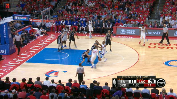 Play of the Day: Blake Griffin
